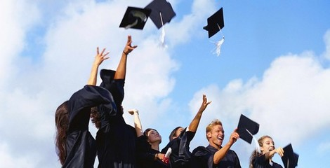 What Is the Difference Between a Certificate, Diploma and De